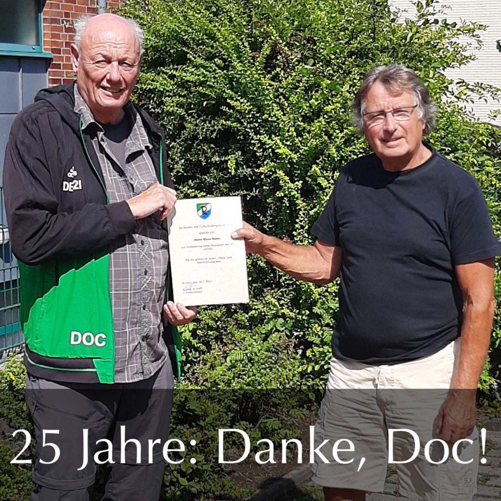Unser Platzwart Klaus Hesse, bei TuRa bekannt unter dem Namen Doc, feiert sein 25-jähriges Dienstjubiläum bei TuRa.